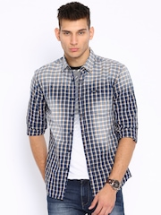 Wrangler Blue & Beige Checked Casual Shirt