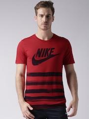 Nike Red Printed T-shirt