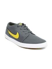 Nike Men Grey Voleio Casual Shoes