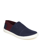 Kook N Keech Men Navy & Burgundy Canvas Shoes