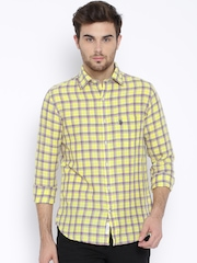 U.S. Polo Assn. Yellow Linen Checked Tailored Casual Shirt