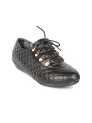 Jove Women Black Quilted Casual Shoes