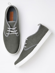 Roadster Men Grey Canvas Shoes