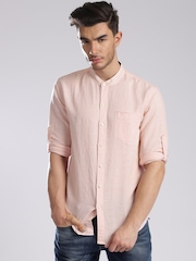 Levi's Pink Slim Fit Casual Shirt