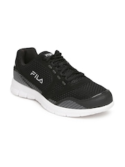 FILA Men Black & Grey Direction Running Shoes