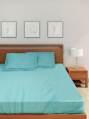 SPACES Turquoise Blue 300 TC Cotton Double Bedsheet with 2 Pillow Covers