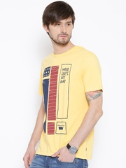 Levi's Yellow Printed T-shirt