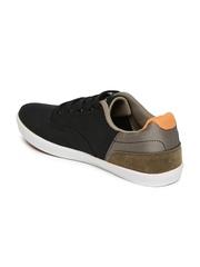 Boltio Men Black Sneakers