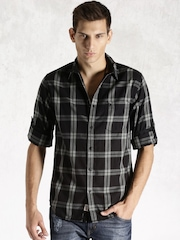 Roadster Black & Grey Checked Casual Shirt