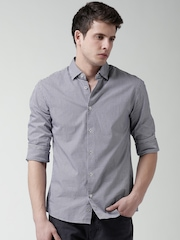 Celio Navy & White Checked Slim Fit Casual Shirt