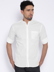 Highlander White Slim Fit Casual Shirt