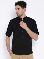 Highlander Black Slim Fit Casual Shirt