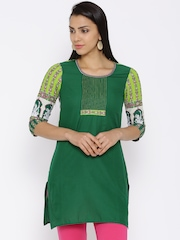 Aurelia Green Kurta with Printed Detail