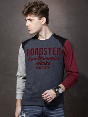 Roadster Men Charcoal Grey & Maroon  Colourblock Flock Print Round Neck T-shirt