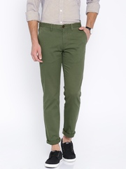 Indian Terrain Men Olive Solid Slim Fit Flat-Front Trousers