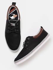 Kook N Keech Men Black Canvas Sneakers