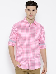 Wills Lifestyle Pink Checked Slim Casual Shirt