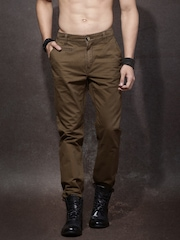 Roadster Men Brown Chino Trousers