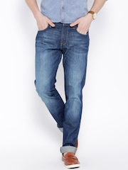 Wrangler Blue Washed Greensboro Fit Jeans