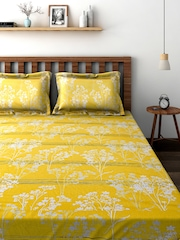 BOMBAY DYEING Yellow Cotton 144 TC Double Bedsheet with 2 Pillow Covers