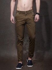 Roadster Men Brown Solid Flat-Front Slim Fit Trousers