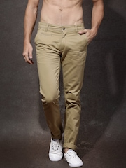 Roadster Men Khaki Solid Flat-Front Slim Fit Trousers