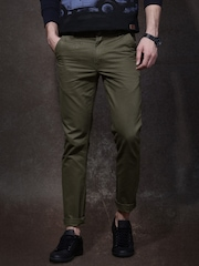 Roadster Olive Solid Chinos