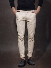 Roadster Men Beige Solid Chino Slim Fit Trousers