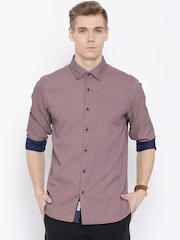 Blackberrys Burgundy Printed Trim Fit Casual Shirt