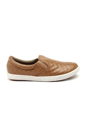 Carlton London Women Tan Brown Quilted Slip-Ons