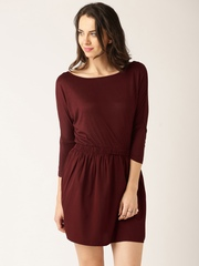 DressBerry Women Burgundy Solid A-line Dress