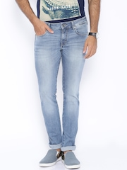 Wrangler Light Blue Low-Rise Skanders Slim Fit Jeans