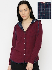 Roadster Women Navy Blue & Red Checked Reversible Casual Shirt