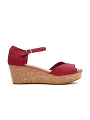 TOMS Women Red Suede Wedges
