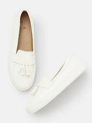 Mast & Harbour Women White Tassel Loafers