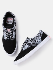 Kook N Keech Marvel Unisex Black Printed Canvas Shoes