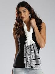 IMARA by Sharddha Kapoor Black & White Stole