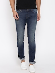 Wrangler Blue Low-Rise Skanders Slim Fit Jeans