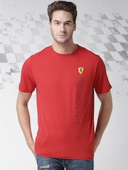 Ferrari Men Red SF Small Scudetto Dynamic Flag Round Neck T-shirt