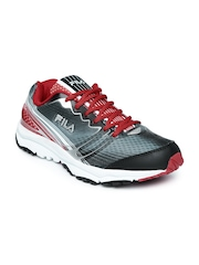 FILA Men Grey & Red Printed Spoiler Running Shoes