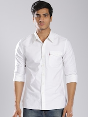 Levis Men White Slim Fit Casual Shirt