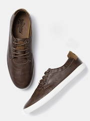 Roadster Men Brown Sneakers