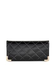 Dolse & Stela Women Black Quilted Wallet