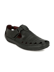Mactree Men Black Closed Sandals