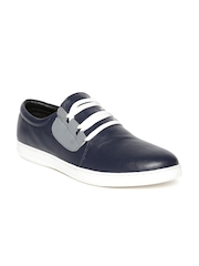 Numero Uno Men Navy Sneakers
