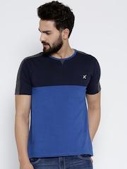 HRX by Hrithik Roshan Men Blue Colourblocked Round Neck T-shirt