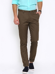 Arrow Sport Men Brown Solid Chrysler Fit Flat-Front Casual Trousers