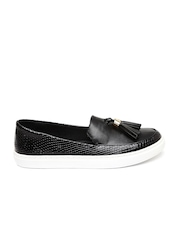 Carlton London Women Black Textured Tassel Loafers