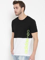 Adidas NEO Men Black CE Colourblocked Round Neck T-shirt