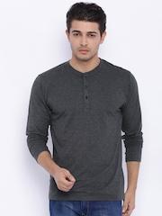 HIGHLANDER Men Grey Melange Henley T-shirt